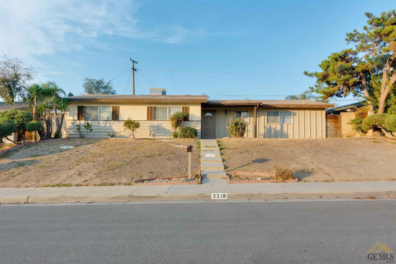 3318 Purdue Drive, Bakersfield, CA 93306
