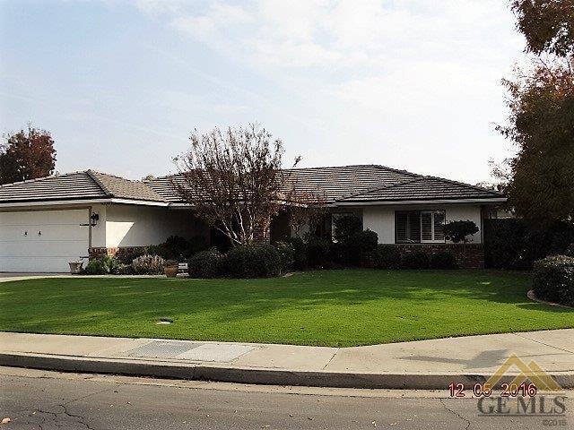 9209 Campus Park Ct, Bakersfield, CA 93311