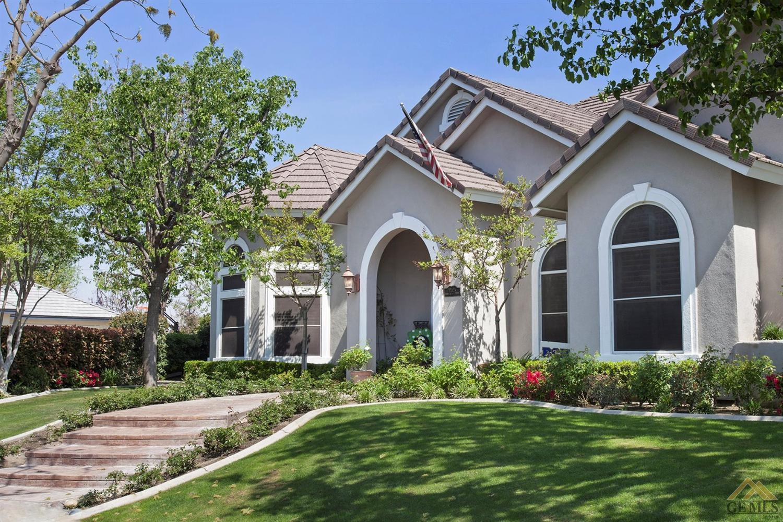 11305 Harrington Street, Bakersfield, CA 93311