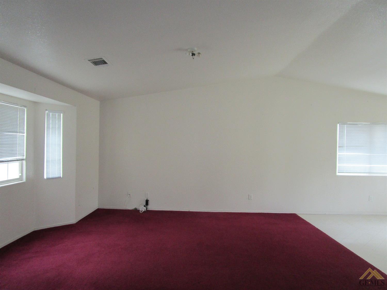 1740 Lupine Court, Wasco, CA 93280