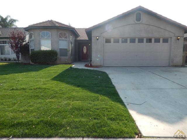 8715 Hoodsport Ave, Bakersfield, CA 93312