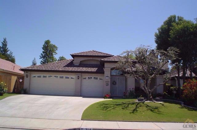 714 Loch Lloyd Ln, Bakersfield, CA 93312