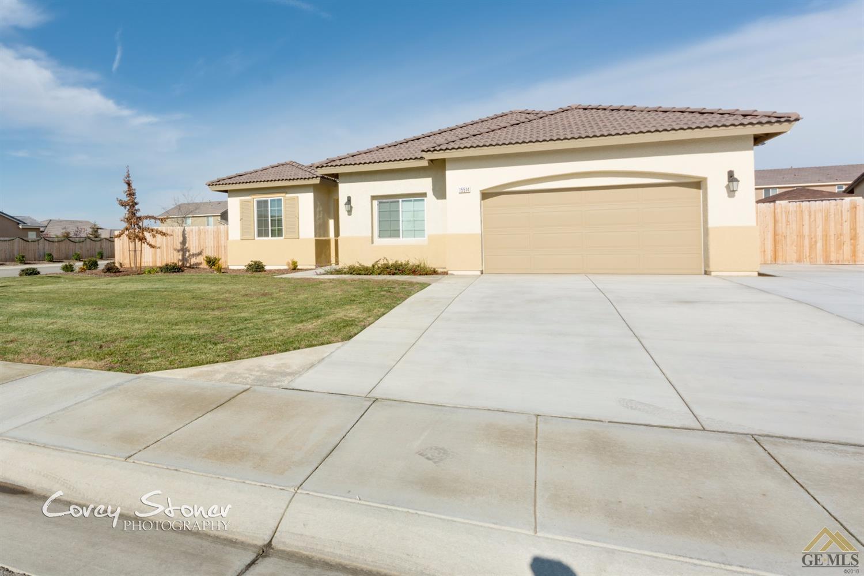 15514 Saint Clement Way, Bakersfield, CA 93314