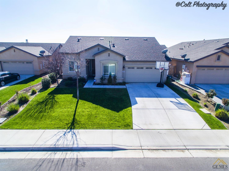 9005 Whitman Ave, Bakersfield, CA 93311