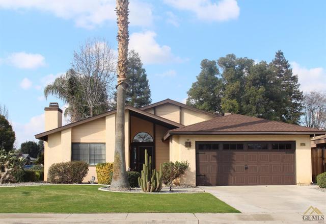 9228 Lacroix Ct, Bakersfield, CA 93311