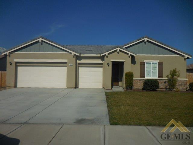 15820 Carparzo Dr, Bakersfield, CA 93314