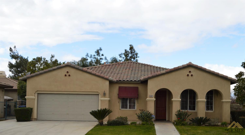 5003 Pelican Hill Dr, Bakersfield, CA 93312