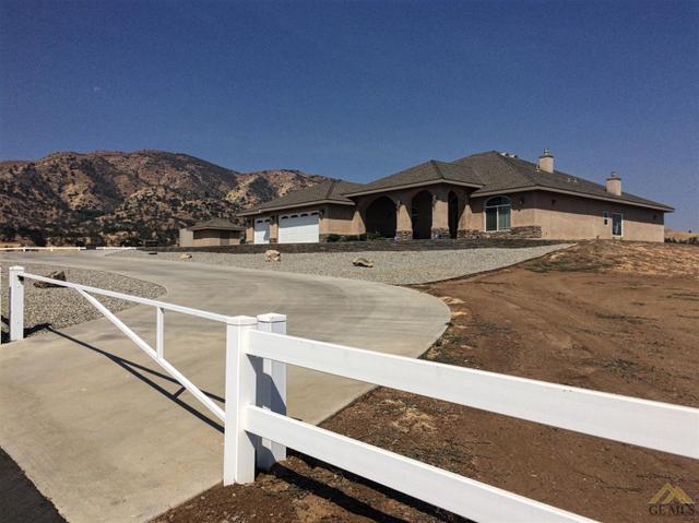 20733 Oak Knoll Dr, Tehachapi, CA 93561