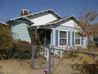 110 E Moneta Ave, Bakersfield, CA 93308