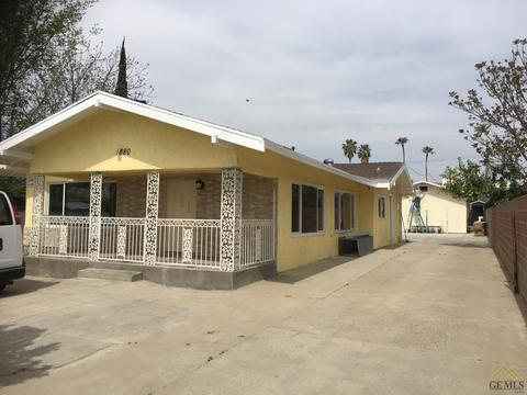 1880 Pacific St, Bakersfield, CA 93305