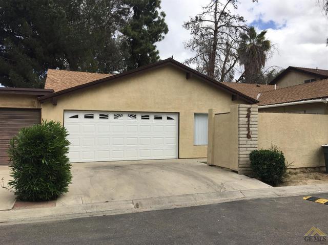 5716 Cedar Glen Ln, Bakersfield, CA 93313