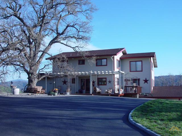 28421 Deertrail Dr, Tehachapi, CA 93561