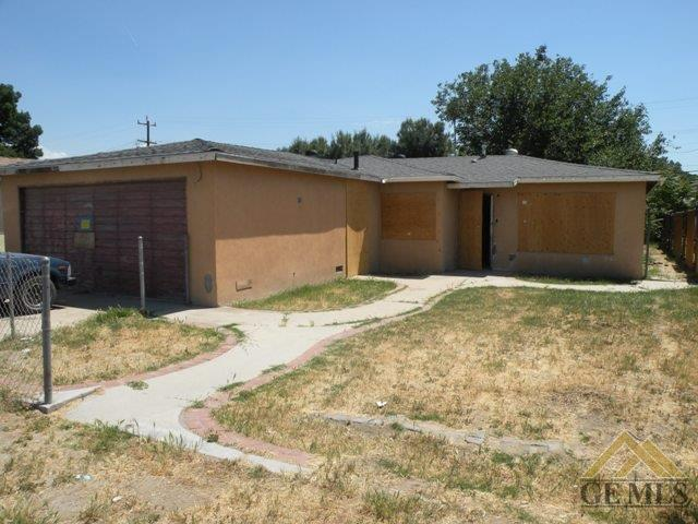 351 Bryant St, Bakersfield, CA 93307