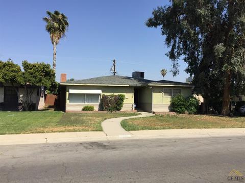 1406 Thomas Way, Delano, CA 93215