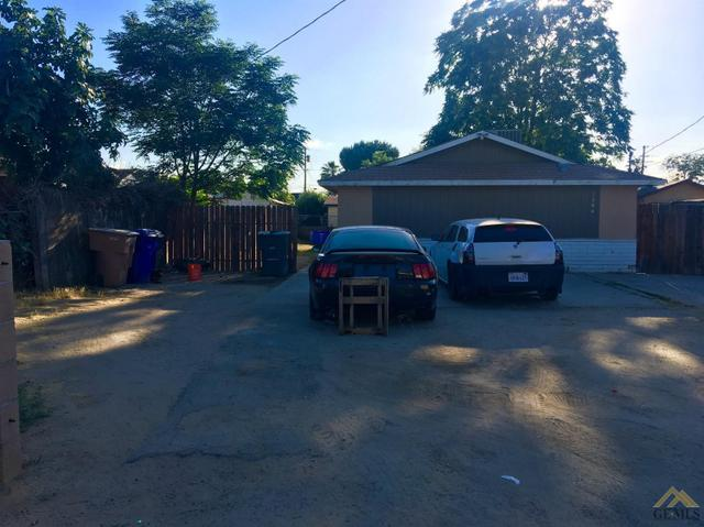 2204 Gage St, Bakersfield, CA 93305