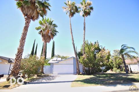 6008 Auburn Oaks Dr, Bakersfield, CA 93306