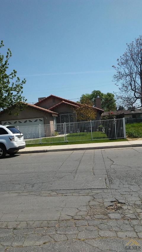 3608 M St, Bakersfield, CA 93306