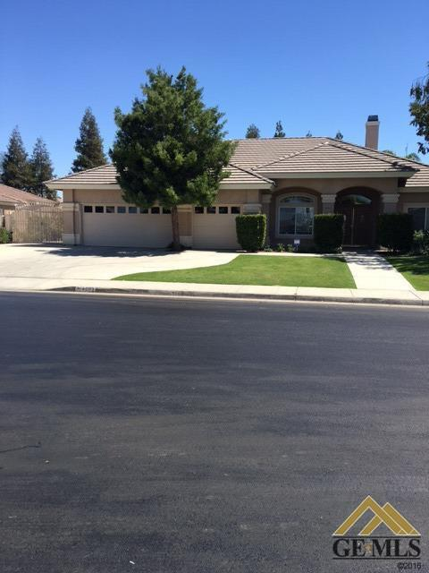 4003 Waverly Ave, Bakersfield, CA 93313
