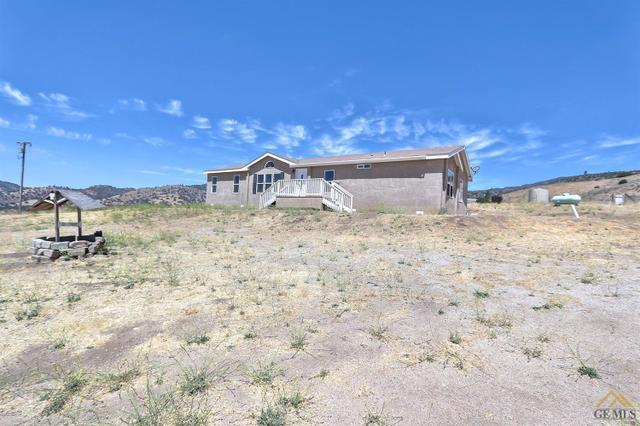 13739 Umtali Rd, Tehachapi, CA 93561
