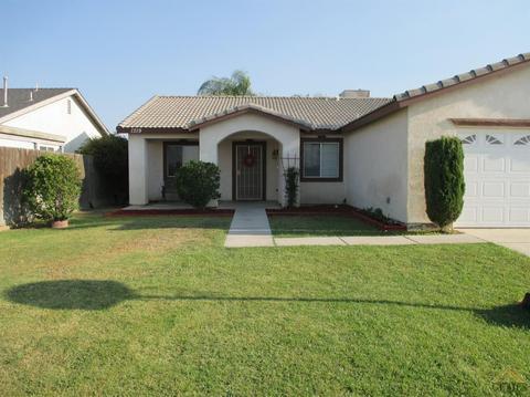 1319 Berkshire Rd, Bakersfield, CA 93307