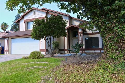 4613 Kaiser Peak Ct, Bakersfield, CA 93304