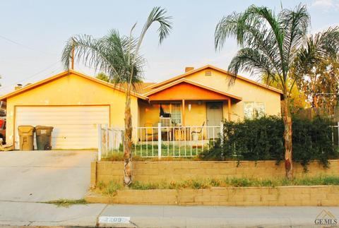 2209 Greenwood Dr, Bakersfield, CA 93306