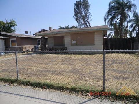 1427 E 18th St, Bakersfield, CA 93305