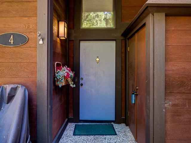 300 W Lake Blvd #4, Tahoe City, CA 96145