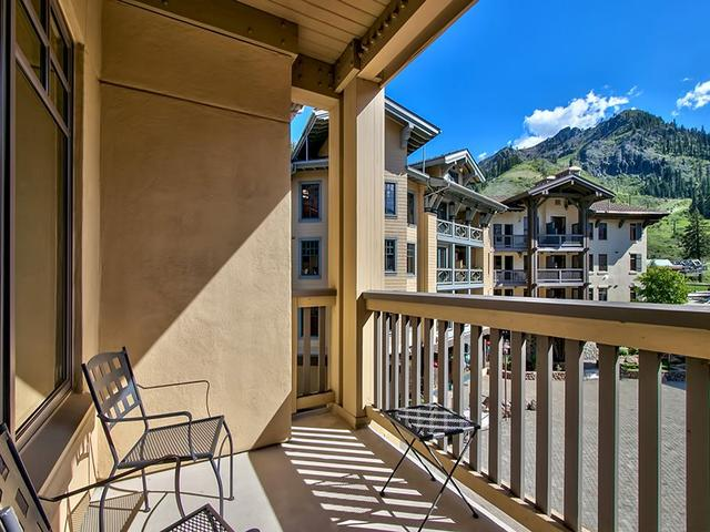 1985 Squaw Valley Rd # 2-223, Olympic Valley, CA 96146