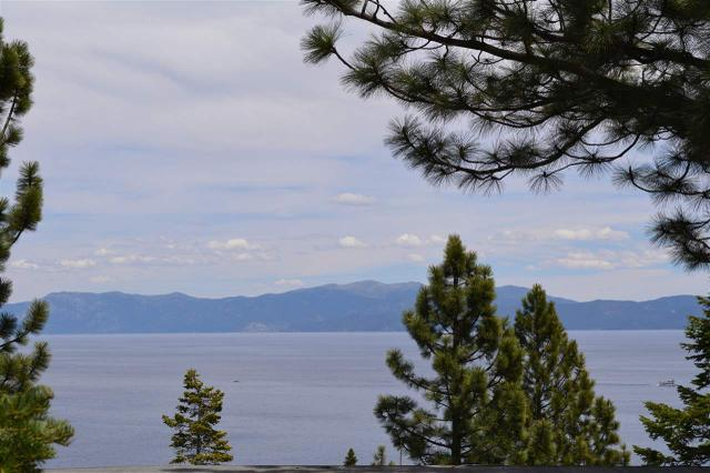 9080 Scenic Dr, South Lake Tahoe, CA 96150