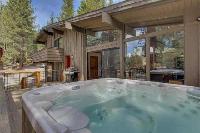 206 Forest Glen Rd, Olympic Valley, CA 96146