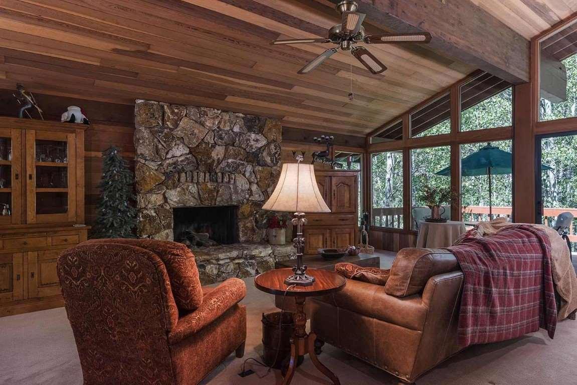 401 Lodgepole, Truckee, CA 96161