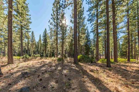 9707 Hunter House Dr, Truckee, CA 96161