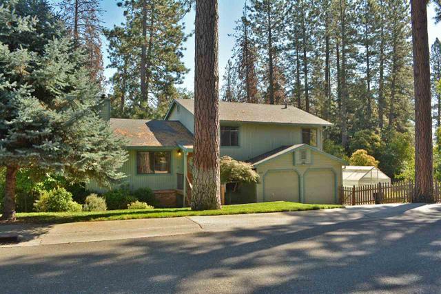 121 Jan Rd, Grass Valley, CA 95945