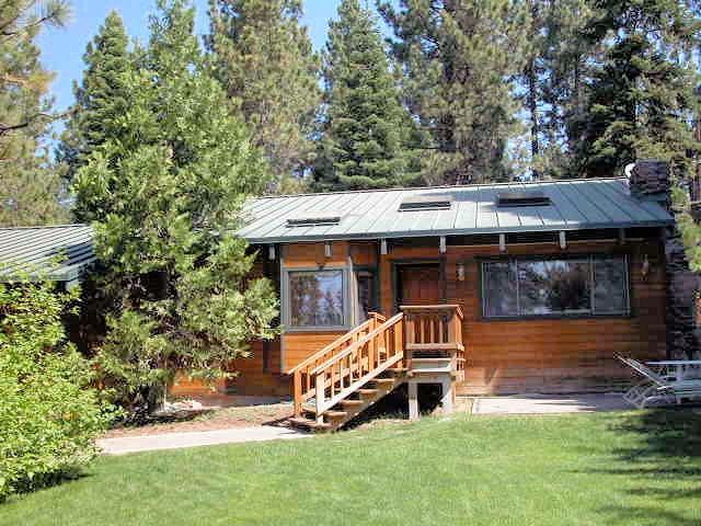 3035 Fabian Way, Tahoe City, CA 96145