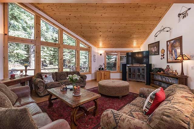 12866 Falcon Point Place, Truckee, CA 96161