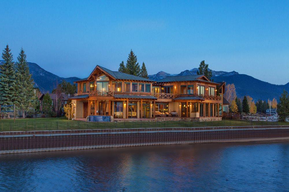 219 Beach Drive, South Lake Tahoe, CA 96150