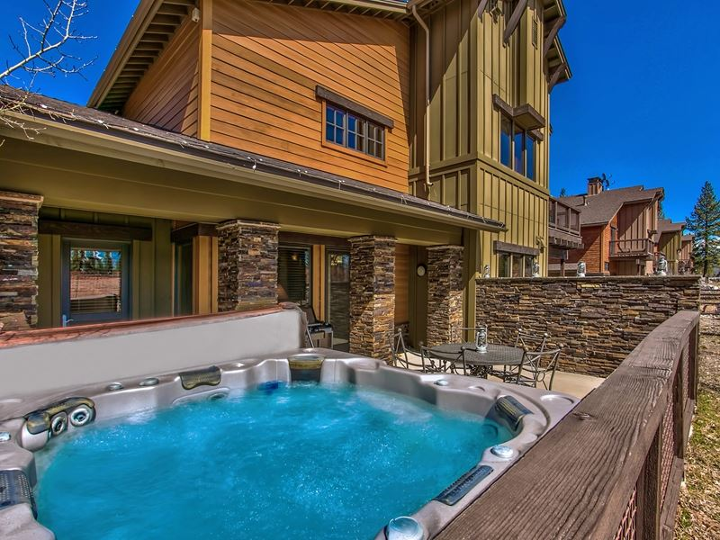 11832 Hope Court #A, Truckee, CA 96161