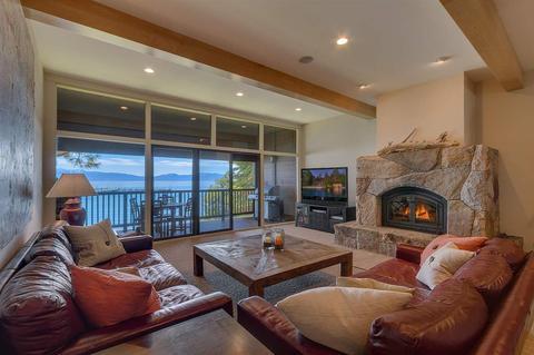 300 W Lake Blvd #6, Tahoe City, CA 96145