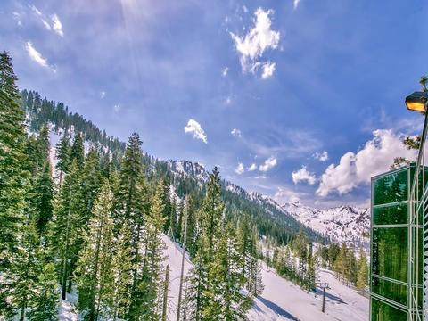 400 Squaw Creek Rd #901/903, Olympic Valley, CA 96146