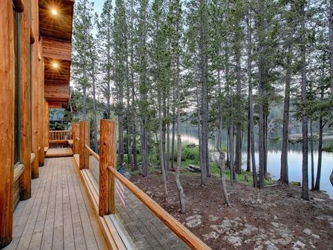 3239 Lake Dr, Soda Springs, CA 95728