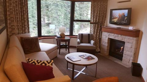 400 Squaw Creek Rd #709/711, Olympic Valley, CA 96146