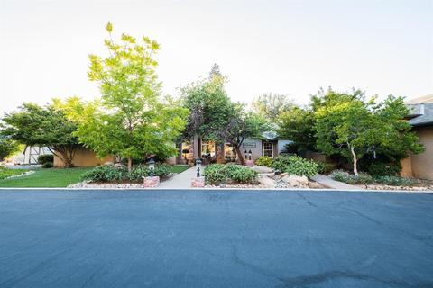 4950 N Piedra Rd, Sanger, CA 93657