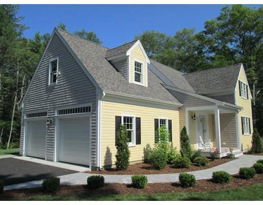 2 Redtail Ln, Carver MA 02330
