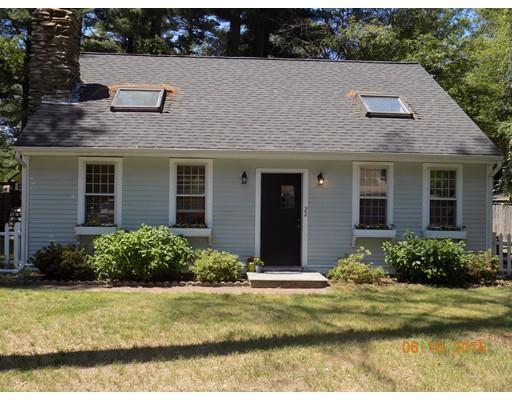 22 Old Colony Ave, Pembroke MA 02359