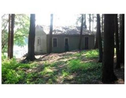 51 Camp Rd, Leverett MA 01054