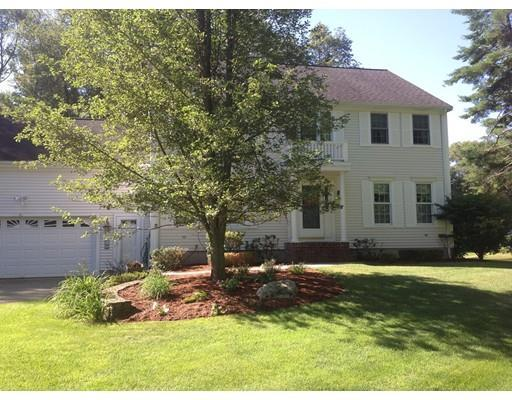 10 Old Country Ln, Abington MA 02351