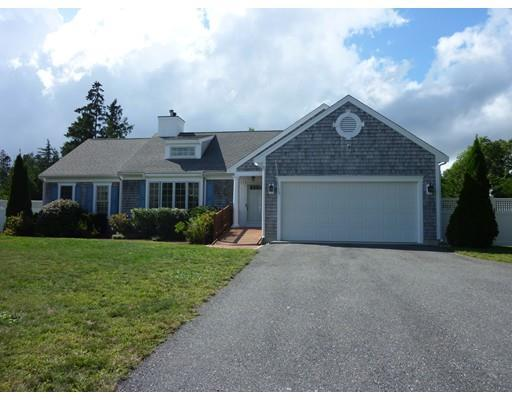 31 Deep Wood Dr, Forestdale MA 02644