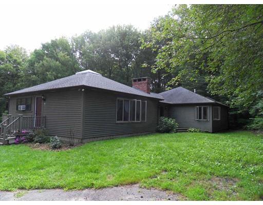 74 Burbank Rd, Sutton, MA 01590