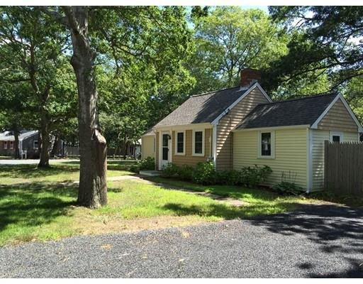 31 Lake Rd, West Yarmouth MA 02673